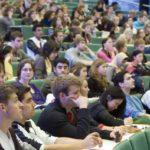 Komt een student in de boardroom… over toezichthouden door studenten